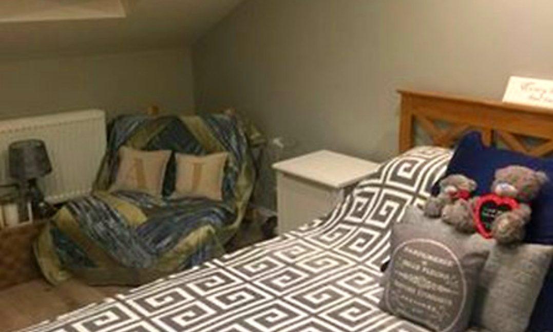 attice bed b